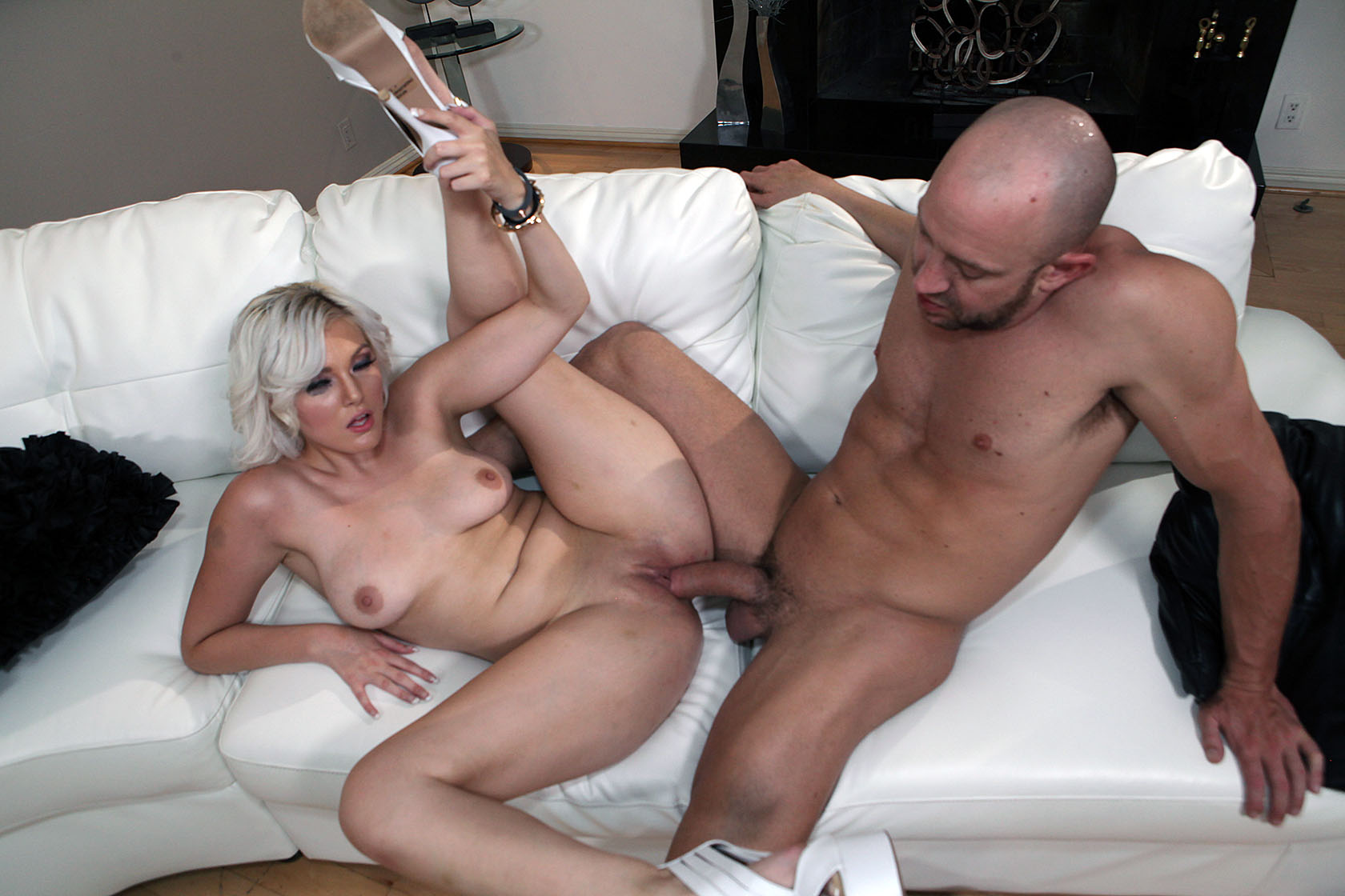 Airerose platinum blonde jenna gets fucked 3